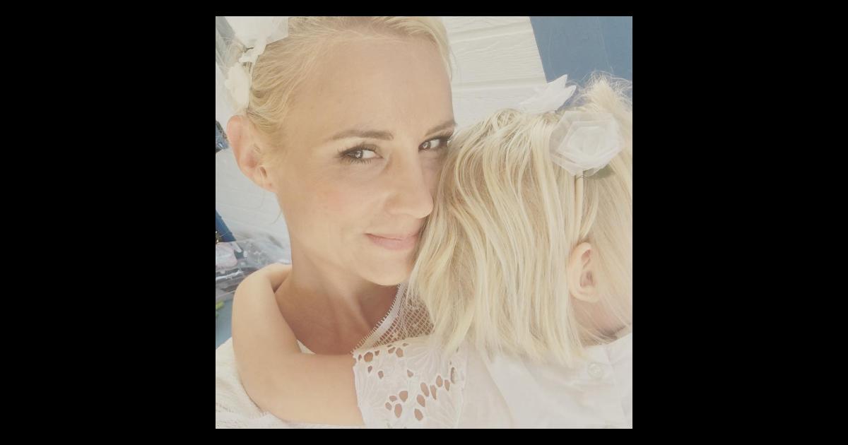 Elodie gossuin a renouvel ses voeux de mariage avec bertrand lacherie purepeople - Elodie gossuin et ses enfants ...