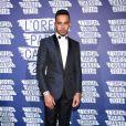 """Lewis Hamilton à la soirée L'Oréal Paris """"Blue Obsession"""" à l'occasion des 10 ans de collaboration de Doutzen Kroes, dans la suite L'Oréal à l'hôtel Martinez, lors du 69ème Festival International du Film de Cannes. Le 18 mai 2016"""