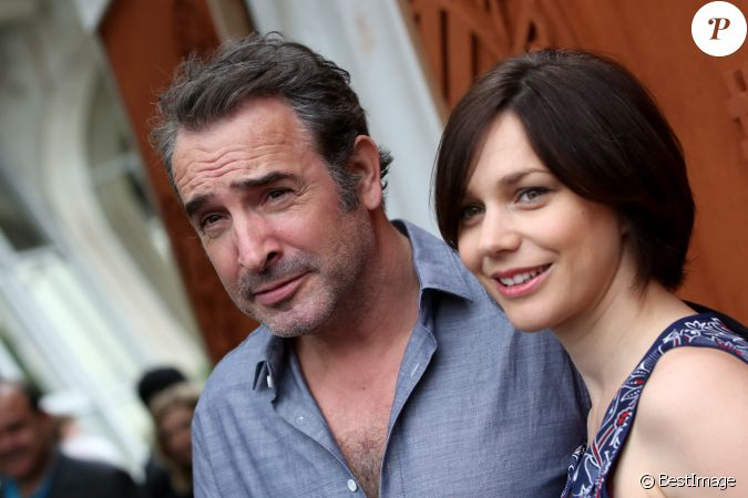 Jean dujardin et sa compagne nathalie p chalat people au for Nathalie jean dujardin