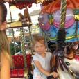 Natasha Poly et sa fille Aleksandra passent de belles vacances à Saint-Tropez