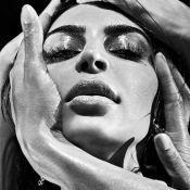 Kim Kardashian : Comme Kanye West, la bombe pose pour Balmain