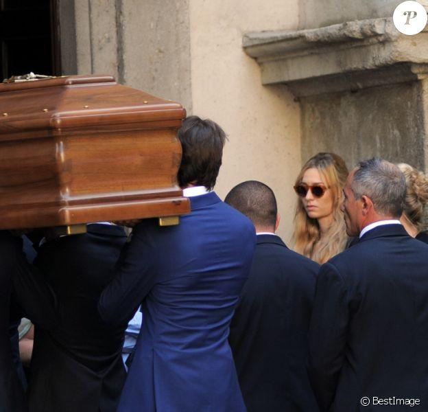 Beatrice Borromeo en deuil aux obsèques de sa grand-mère bien-aimée Marta Marzotto en l'église Sant'Angelo à Milan le 1er août 2016