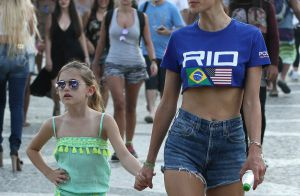 Alessandra Ambrosio aux Jeux olympiques : Supportrice ultrasexy à Rio