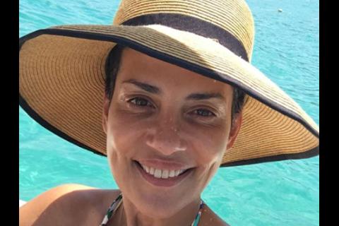 Cristina Cordula : Désespoir total, stress, angoisse... Ses galères de vacances
