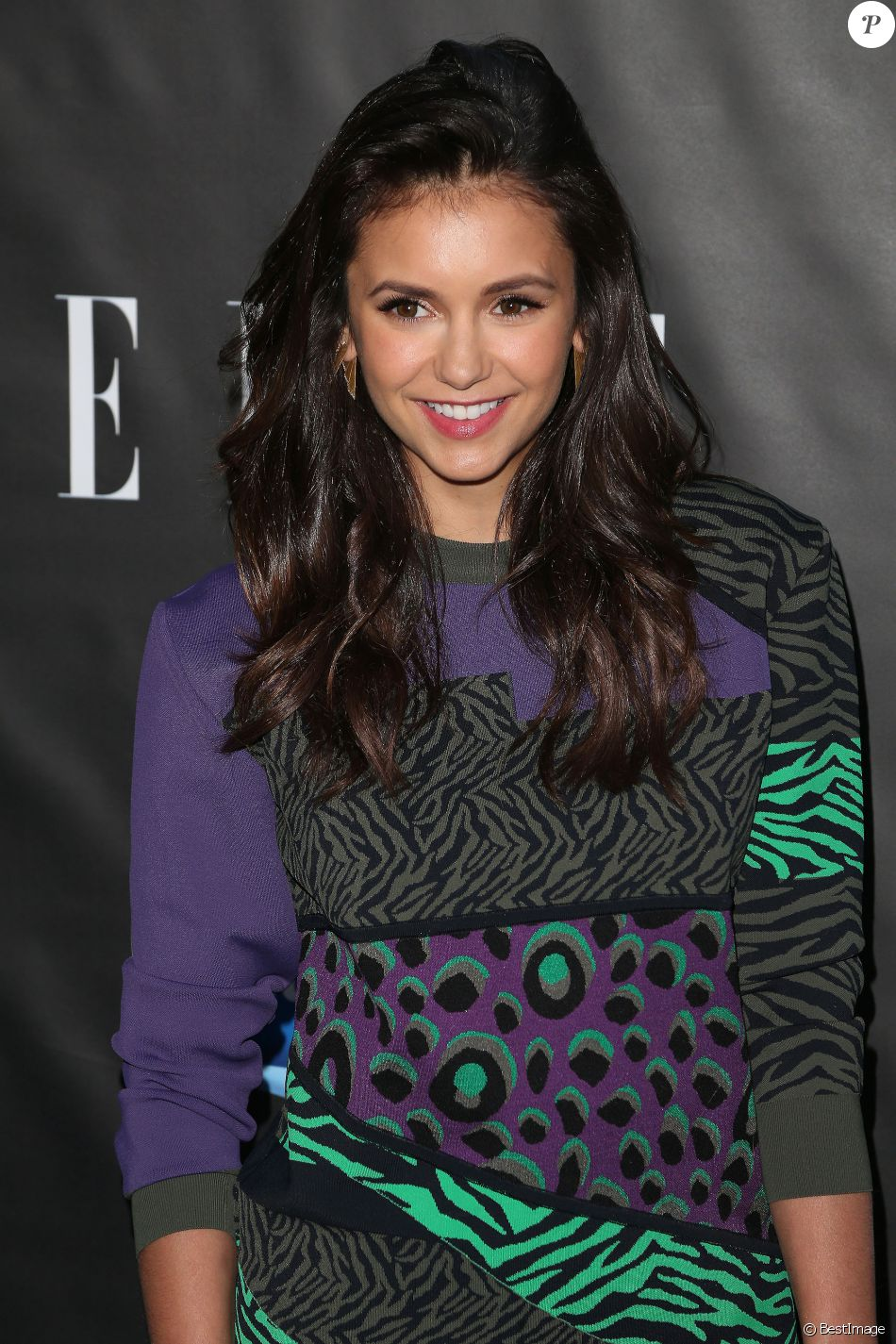 "Nina Dobrev au photocall de la soirée ""Elle hosts Women in Comedy"" à West Hollywood le 7 juin 2016."