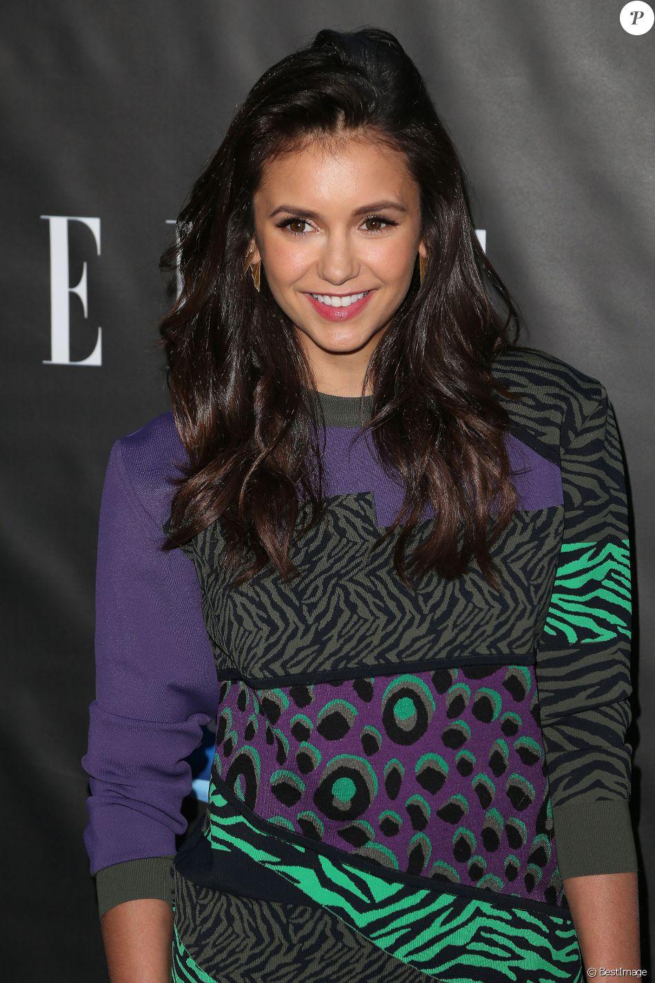 """Nina Dobrev au photocall de la soirée """"Elle hosts Women in Comedy"""" à West Hollywood le 7 juin 2016."""