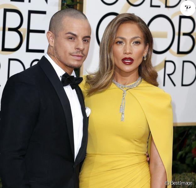 Jennifer Lopez et son compagnon Casper Smart - La 73ème cérémonie annuelle des Golden Globe Awards à Beverly Hills, le 10 janvier 2016.