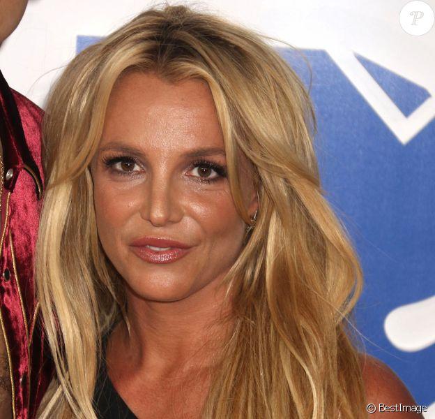 Britney Spears à la soirée des MTV Video Music Awards 2016 à Madison Square Garden à New York, le 28 août 2016.