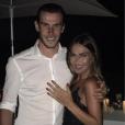 Gareth Bale a demandé sa compagne Emma Rhys-Jones en mariage le 16 juillet 2016, jour de son 27e anniversaire. En couple abec le Gallois depuis le lycée, elle a dit oui !