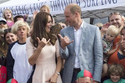 Kate Middleton et le prince William : Surf session et Shaka en Cornouailles !