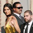 Kris et Kendall Jenner arrivent sur le plateau du Jimmy Kimmel Live à Los Angeles, le 24 août 2016.