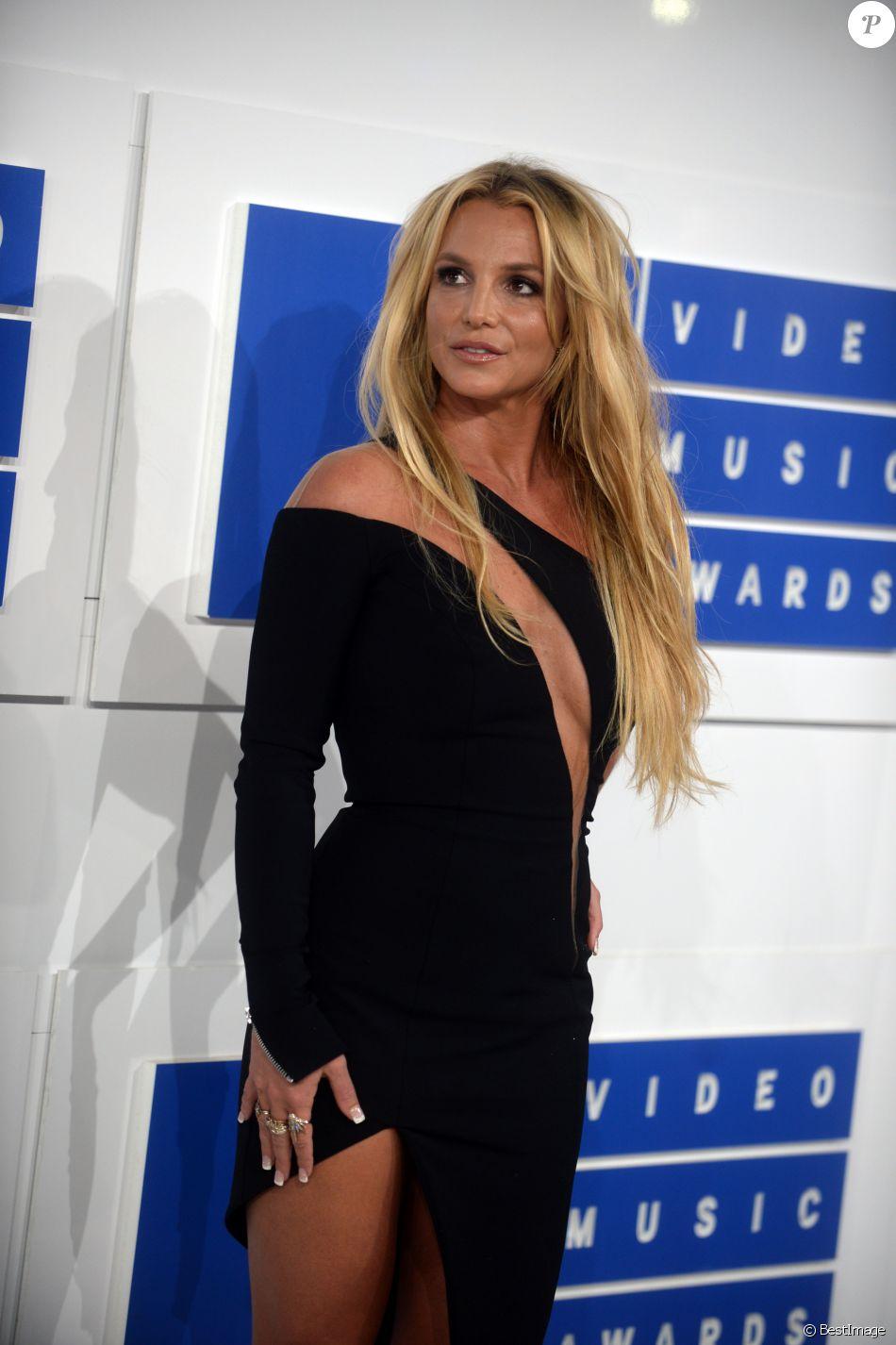 Britney Spears à la soirée des MTV Video Music Awards 2016 à Madison Square Garden à New York, le 28 aout 2016.