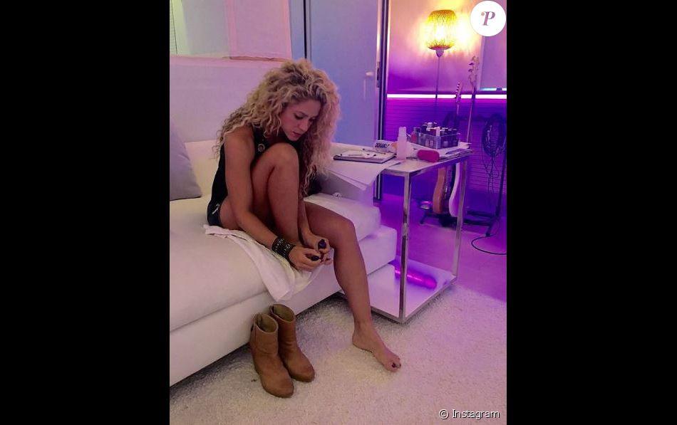 Un détail vous saute-t-il aux yeux sur cette photo de Shakira postée sur Instagram le 13 septembre 2016 ?