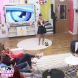 """Athénaïs face aux candidats - """"Secret Story 10"""", le 22 septembre 2016 sur NT1."""
