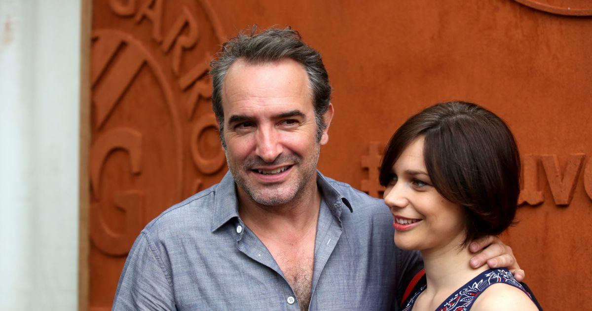 Jean dujardin et sa compagne nathalie p chalat people au for Famille dujardin