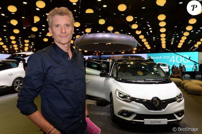 Denis Brogniart Pr Sentation Du Renault Trezor Concept Car Lectrique Pendant La 119 Me