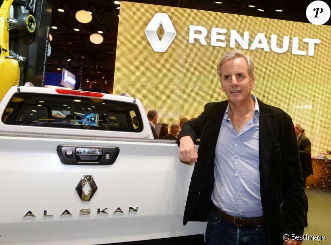 Bernard De La Villardi Re Pr Sentation Du Renault Trezor Concept Car Lectrique Pendant La