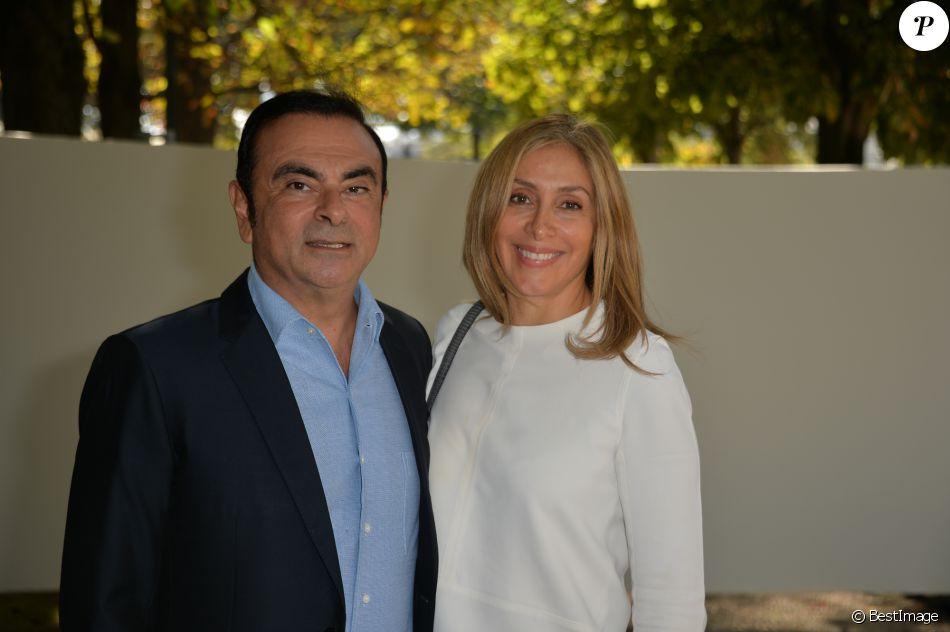Carlos Ghosn et son épouse Carole arrivant au défilé de mode \u0026quot;Elie  Saab\u0026quot;