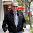 L'acteur Warren Beatty va déjeuner au Nate'n Al Delicatessen à Beverly Hills le 18 mai 2016.