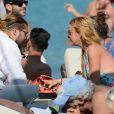 Lindsay Lohan et Dennis Papageorgiou au Rakkan Mykonos Beach Bar Restaurant, le 31 août 2016