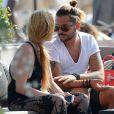 Egor Tarabasov et Lindsay Lohan sur une plage de Mykonos, le 24 août 2016