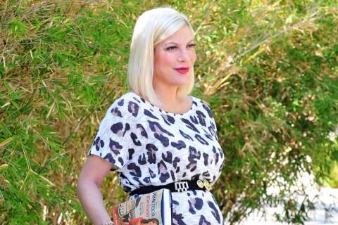 Tori Spelling enceinte : Au coeur d'une sordide rumeur, la future maman irradie