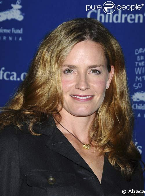 Elisabeth Shue - Picture Hot