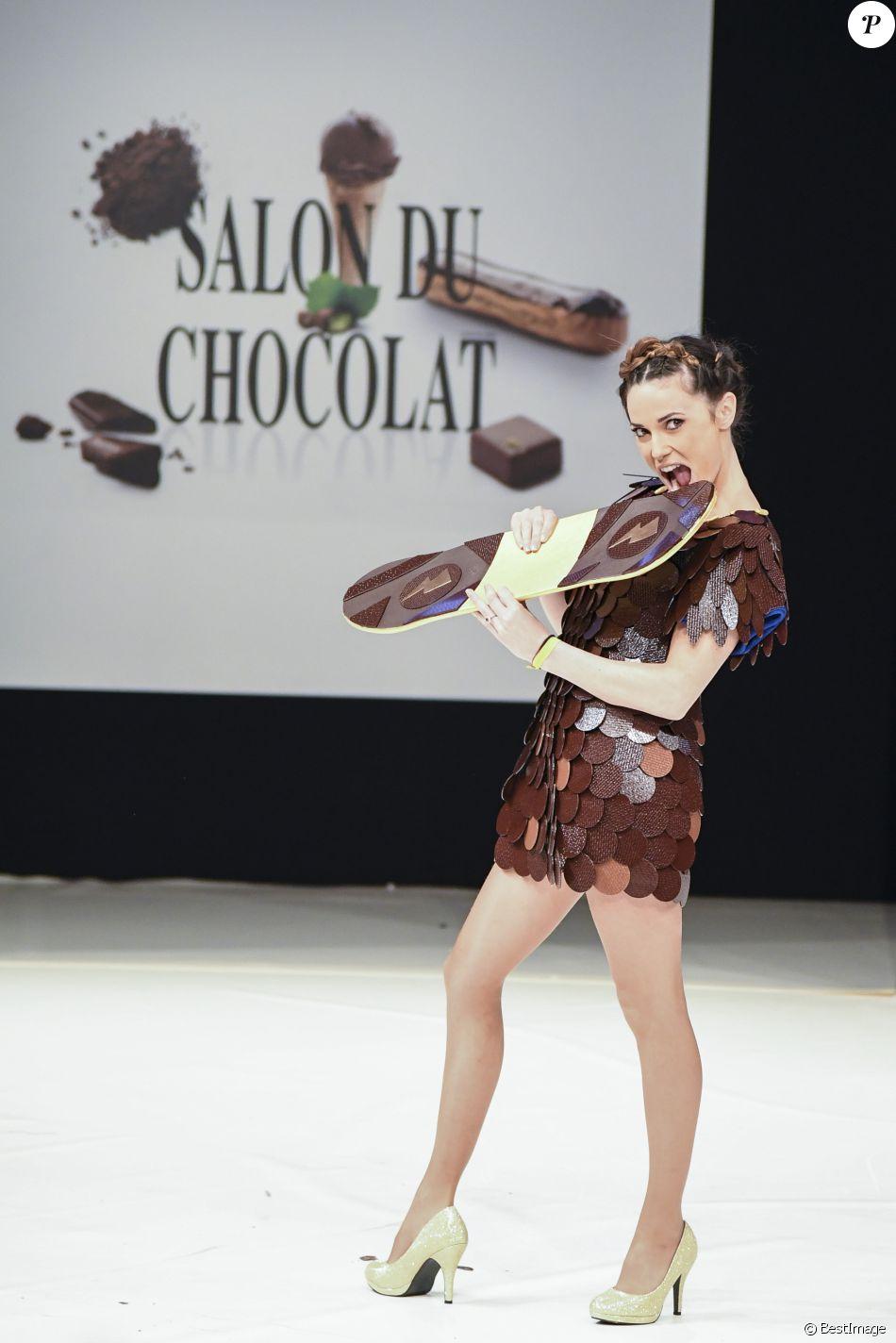 Capucine anav d cha n e devant la belle flora coquerel for Les salons porte de versailles 2016