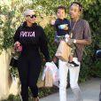 Amber Rose et son mari Wiz Khalifa emmènent leur fils Sebastian jouer au parc à Los Angeles, le 16 décembre 2015