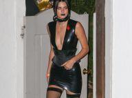 Kendall Jenner dominatrice sexy : Elle sort latex et bas résille pour Halloween