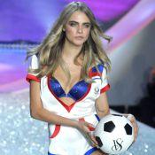 """Cara Delevingne, trop """"bouffie"""" pour le défilé Victoria's Secret ?"""