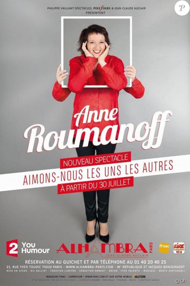 Anne Roumanoff sur la scène de l'Alhambara à Paris jusqu'au mois de janvier prochain présente son dernier spectacle, Aimons-nous les uns les autres.