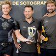 Pierre Casiraghi reçoit un prix pour la régate GC32 Racing Tour à Sotogrande, Espagne, le 25 septembre 2016.