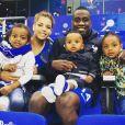 Blaise Matuidi et sa compagne Isabelle Malice posent avec leurs trois enfants ( Myliane, Naëlle et Éden)  sur Instagram.