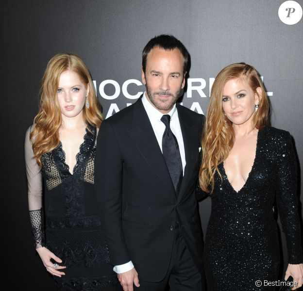 """Ellie Bamber, Tom Ford, Isla Fisher lors de la première du film """"Nocturnal Animals"""" au théâtre The Paris à New York City, New York, Etats-Unis, le 17 novembre 2016."""