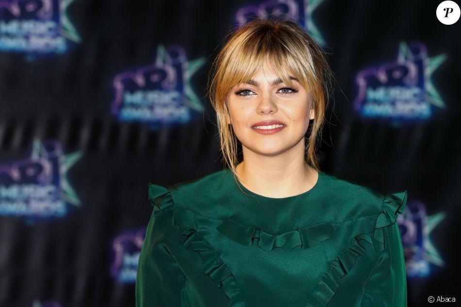 Louane à la cérémonie des NRJ Music Awards 2016 à Cannes, le 12 novembre 2016.