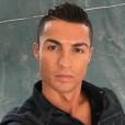 """Cristiano Ronaldo, un selfie trop """"plastique"""" ? Photo Instagram, été 2016."""