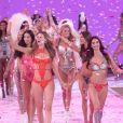 Behati Prinsloo, Lily Aldridge, Alessandra Ambrosio - Défilé de mode de Victoria's Secret 2015 à la Lexington Avenue Armory à New York, le 10 novembre 2015.