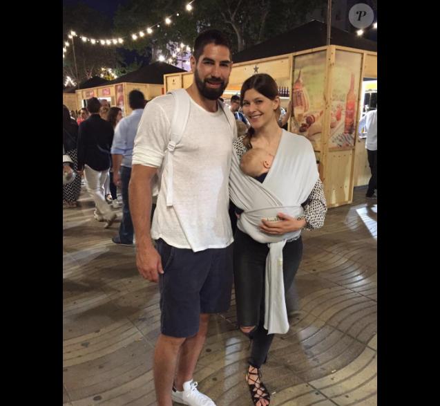 66911bd3b1e65 Nikola Karabatic et sa compagne Géraldine Pillet posent sur Instagram avec  leur fils Alek.