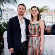 """Michael Fassbender et Marion Cotillard - Photocall du film """"Macbeth"""" lors du 68e Festival International du Film de Cannes. Cannes, le 23 mai 2015"""