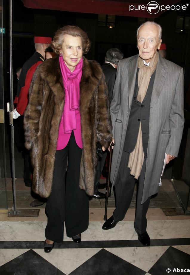 http://static1.purepeople.com/articles/3/21/24/3/@/151356-liliane-bettancourt-et-son-mari-andre-637x0-1.jpg
