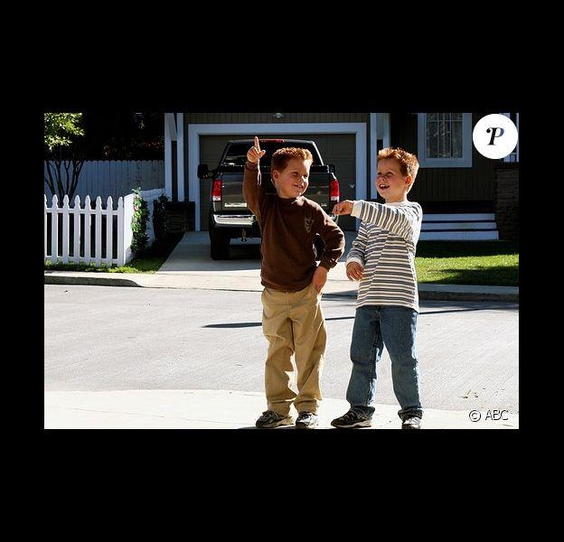 Les premiers jumeaux de Desperate Housewives incarnés par Shane et Brent Kinsman.