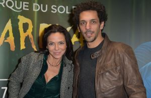 Tomer Sisley et Sandra Zeitoun : De jeunes fiancés radieux face à David Hallyday
