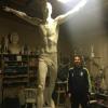 Zlatan Ibrahimovic : Fier avec sa statue, en toute modestie bien sûr