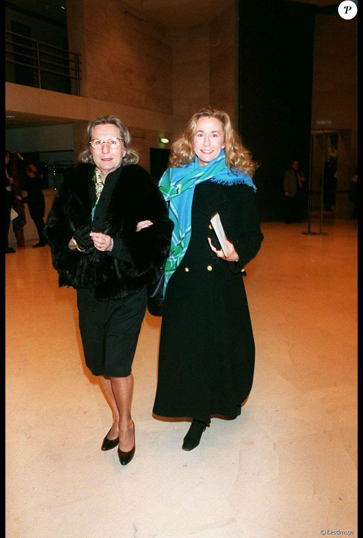 Brigitte Fossey et sa mère Marcelle Feuillade à Paris en janvier 1995.
