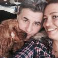 """""""Pierre Ménès pose avec sa compagne Mélissa sur Facebook en mai 2015."""""""
