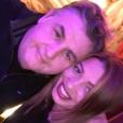 """""""Pierre Ménès pose avec sa compagne Mélissa sur Facebook en novembre 2015."""""""