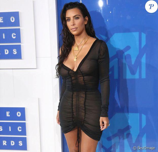 Kim Kardashian - Photocall des MTV Video Music Awards 2016 au Madison Square Garden à New York. Le 28 août 2016.
