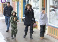 Angelina Jolie, souriante sous la neige avec Shiloh et Knox, loin de Brad Pitt...