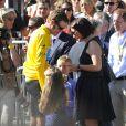 """"""" Bradley Wiggins fête sa victoire à l'issue du Tour de France 2012 sur les Champs-Elysées, à Paris, le 22 juillet 2012. """""""